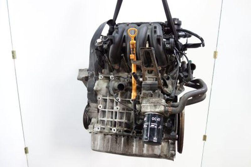 Motor AKLVW GOLF IV (1J1) 1.6
