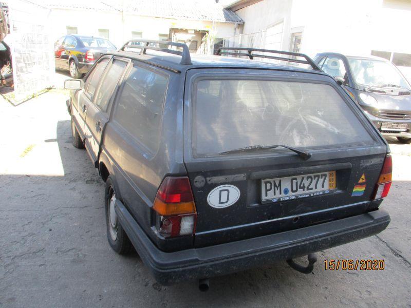 VW PASSAT (32B) 1.8